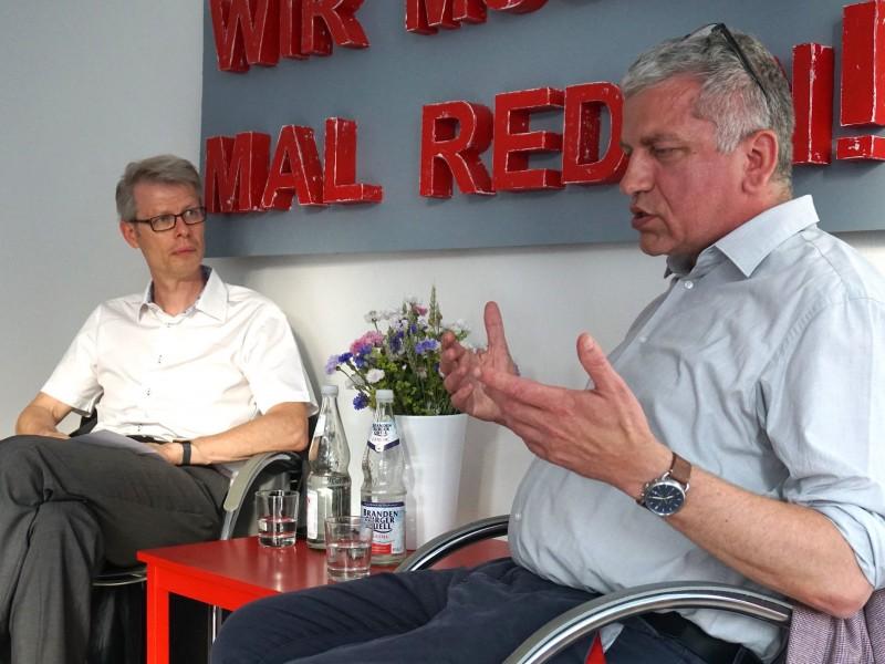 """""""Wir müssen mal reden!"""" mit Dr. Roland Scherer"""
